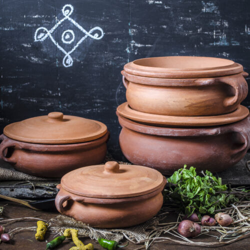 Clay Curry Pot in USA